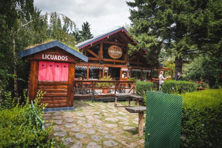 cabin - style - architecture - in - villa - la - angostura