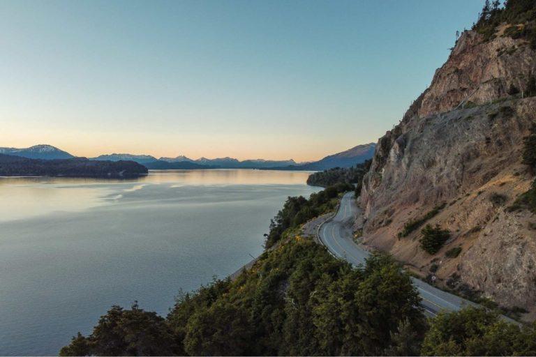 drive - the - ruta - de - los - siete - lagos - in - villa - la -angsotura